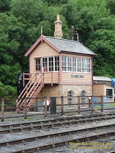 Highly signal box